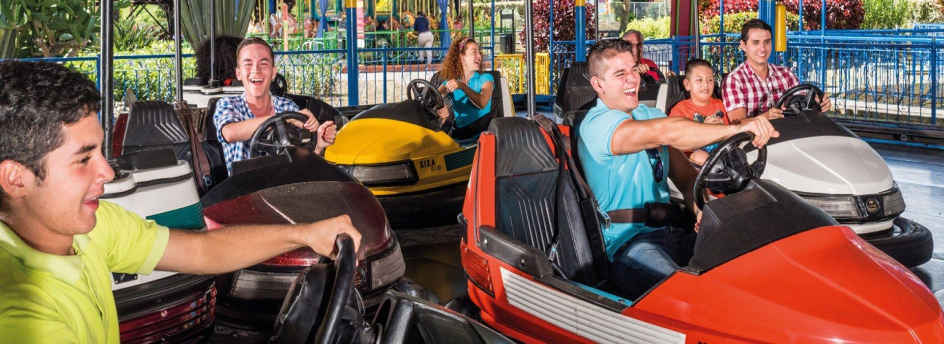Atracción Carros Chocones del Parque del Café
