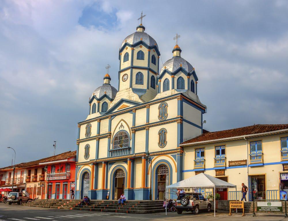 Vista exterior de la Parroquia Inmaculada Conepción en Filandia, Quindío