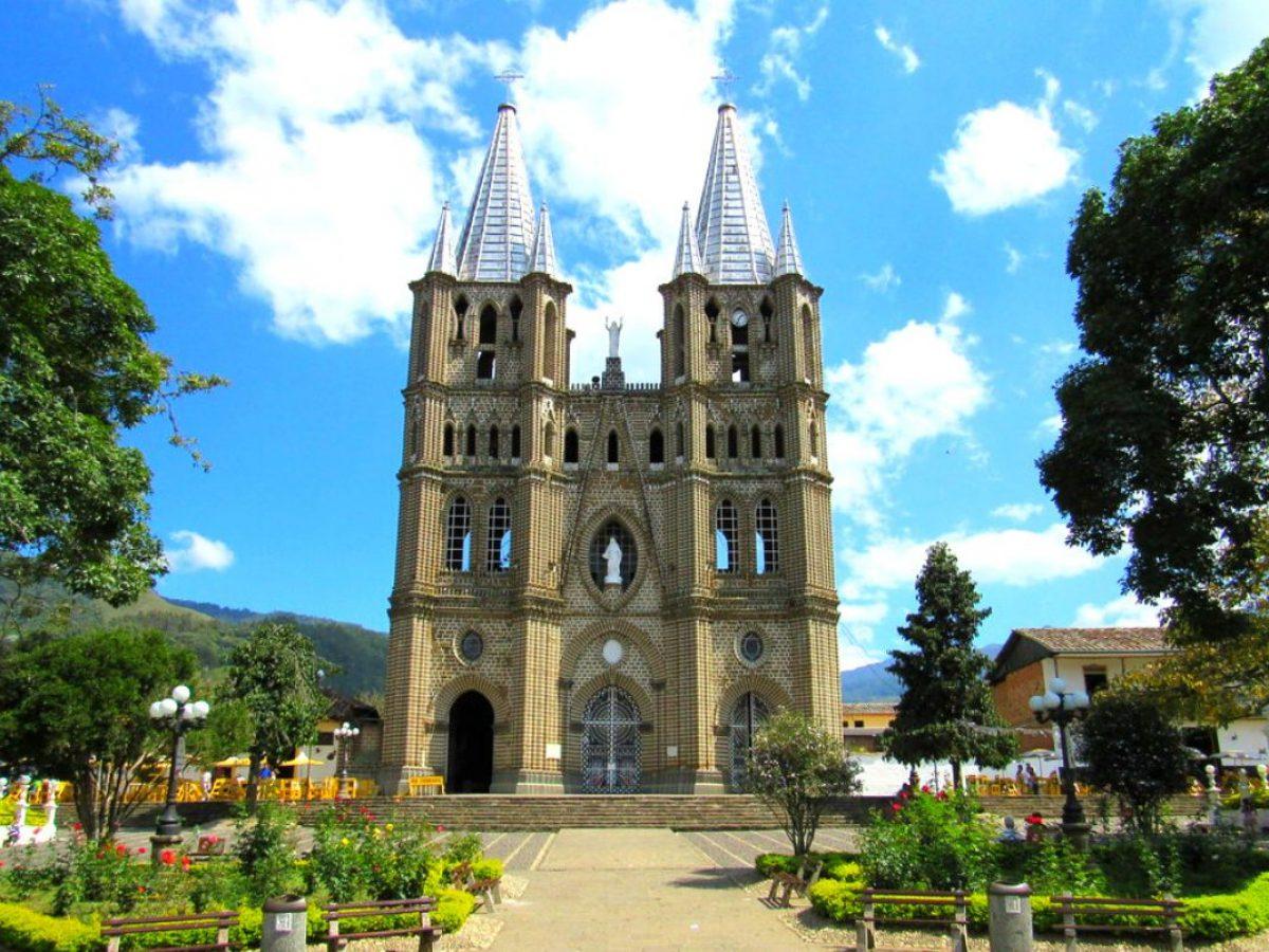 Basílica de la Inmaculada Concepción de Jardín Antioquia