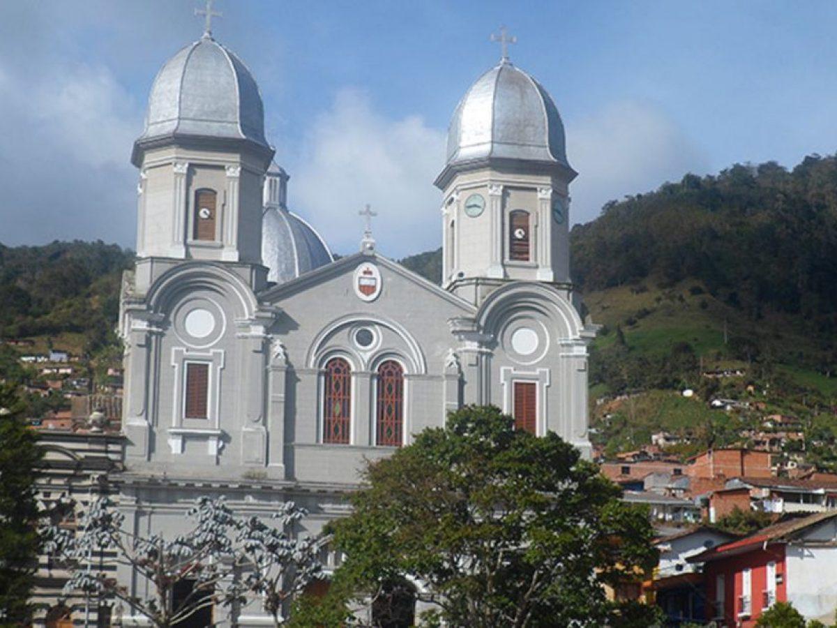 Iglesia de Yarumal Antioquia